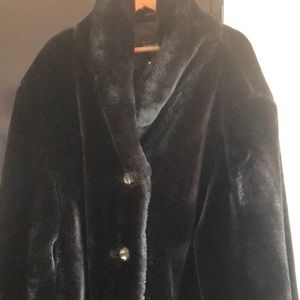 I.B. Exchange Faux Fur Coat